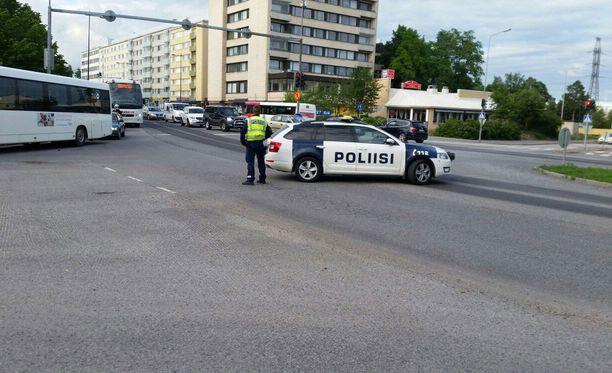 Oulun poliisi on aloittanut rikostutkinnan AC Oulun ja OPS:n ottelun pommiuhkauksesta.