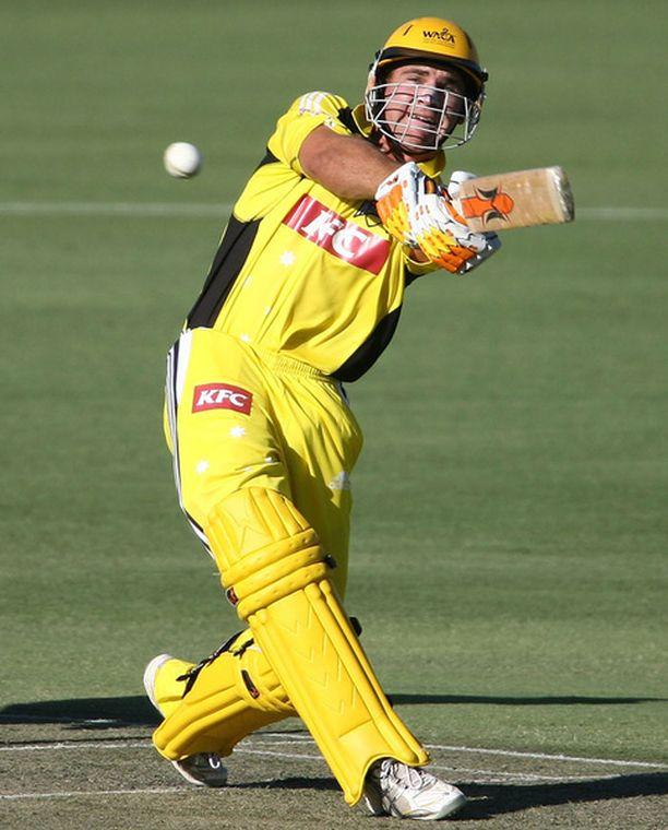 Luke Pomersbcah pelasi ensimmäisen kerran Australian maajoukkueessa vuonna 2007.