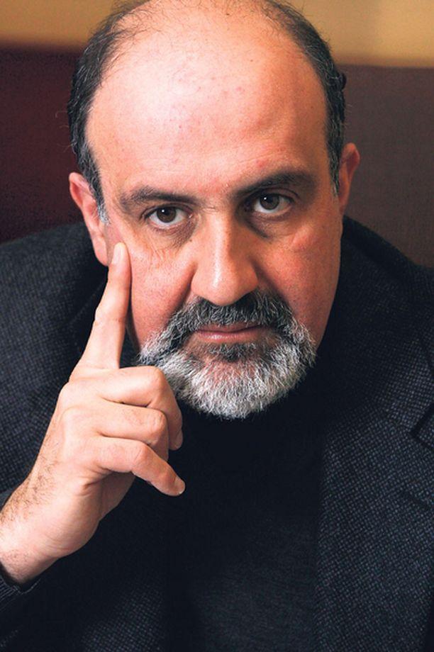 ENNUSTAJA Talousguru Nassim Nicholas Taleb ennusti globaalin talouskriisin.