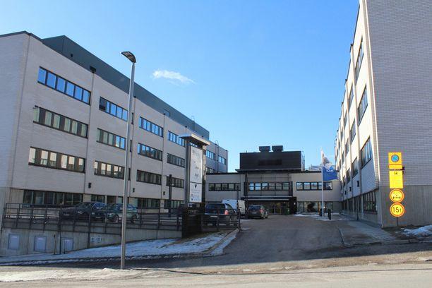 Suomen vastarintaliikkeen järjestämän mellakan oikeudenkäynti istutaan poikkeuksellisesti Cygnaeustalolla.