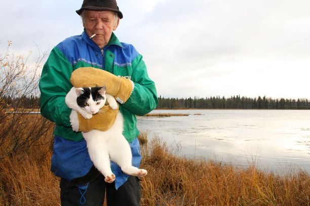 Tauno Tuovila oli ainoa, joka kissan lentoonlähdön todisti.