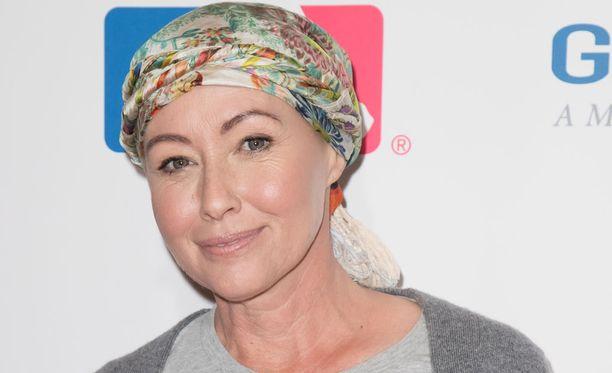 Shannen Doherty muistetaan BH 90210 -sarjan lisäksi myös Siskoni on noita -sarjasta.