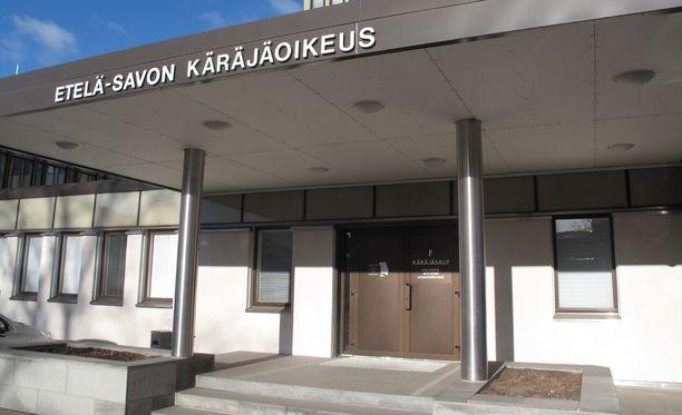 Pizzariasurmia puitiin tänään Etelä-Savon käräjäoikeudessa.