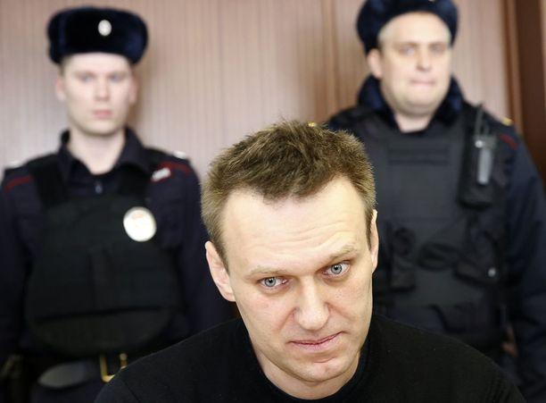 Aleksei Navalnyi haluaa asettua presidenttiehdokkaaksi keskusvaalilautakunnan vastustuksesta huolimatta.