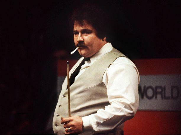 Bill Werbeniuk oli myös kova polttamaan tupakkaa.