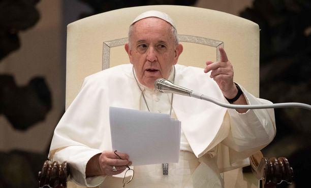 Paavin vastaanotto keskiviikkona Vatikaanissa.
