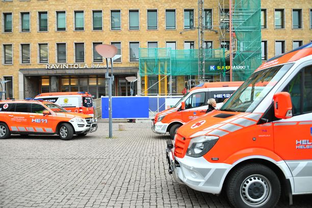 Postitalo jouduttiin evakuoimaan perjantaina Prymer-maalin aiheuttamien oireiden vuoksi.