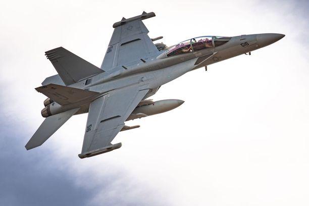 Super Hornet on tuotannossa ainakin vuoteen 2034 asti kolmen uuden tuotantolinjan kautta.