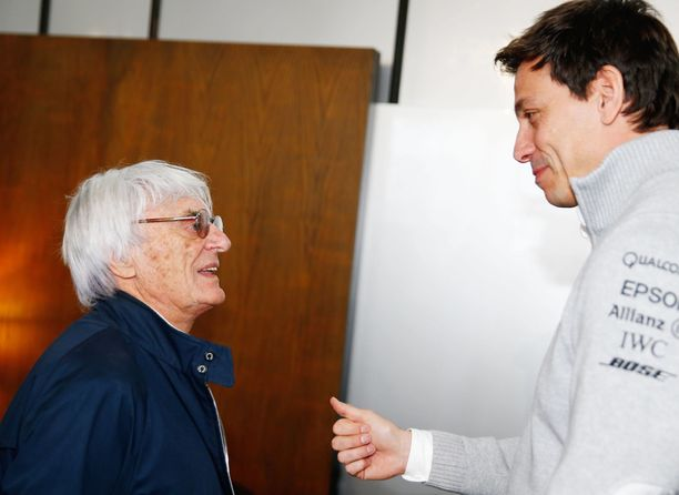 Bernie Ecclestone ja Toto Wolff vuonna 2016.