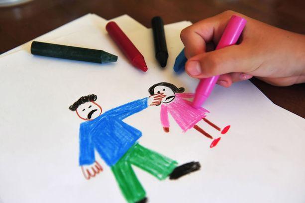 Lastensuojelun ongelmista on puhuttu jo pitkään, mutta aiemmin lastensuojelun sosiaalityöntekijät eivät ole ilmaisseet huoltaan yhteisenä rintamana.