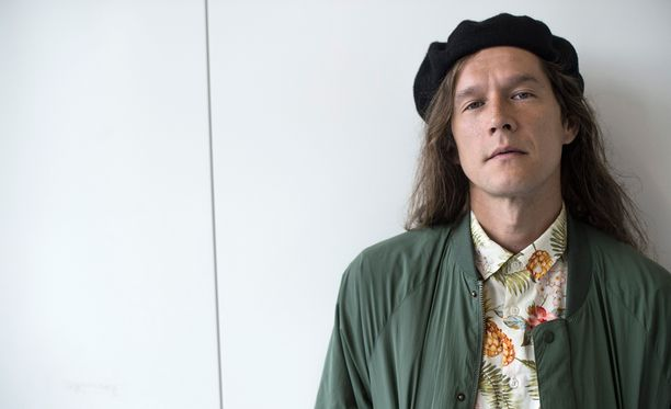 Laulaja Arto Tuunela kertoo, että tulevalla levyllä kuullaan vähemmän kitaraa.