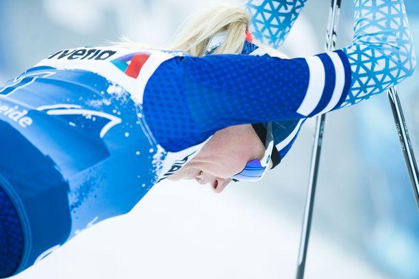 Anne Kyllönen ei päässyt Rukan maailmancupin sprintin aika-ajosta jatkoo. Arkistokuva viime kaudelta.