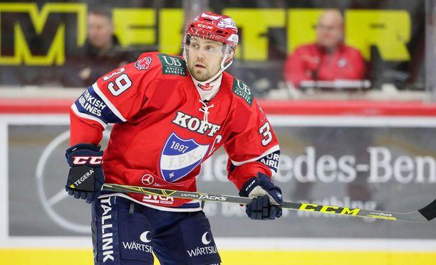 Arttu Luttinen sai 600 peliä täyteen IFK:ssa.