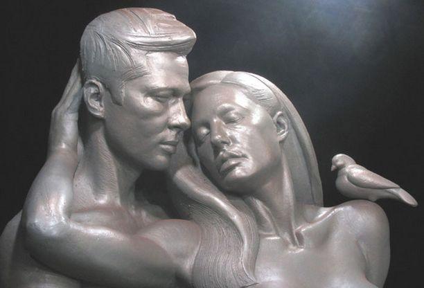 Brangelina Forever -patsas on aidon korkoinen.