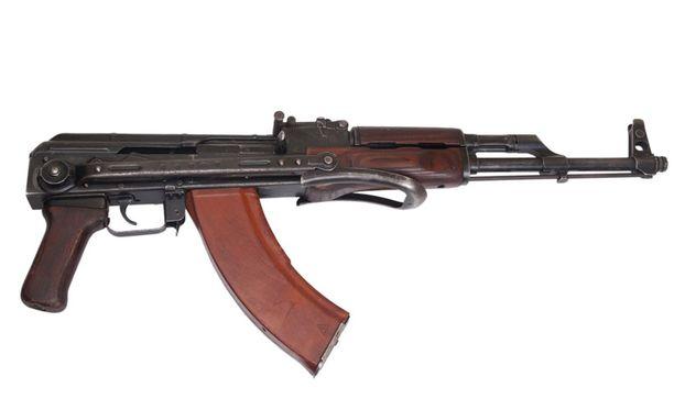 Kalashnikoveja on myyty yli sata miljoonaa.