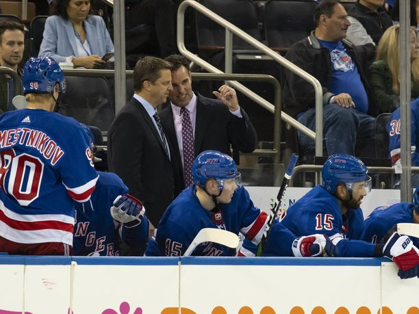 New York Rangersin päävalmentaja David Quinn luottaa Kaapo Kakkoon.