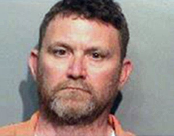 Poliisien surmista epäillään 46-vuotiasta Scott Michael Greeneä.