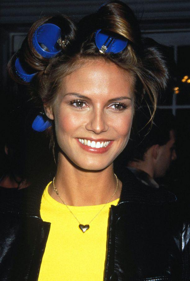 Heidi Klum vuonna 1997 Victoria's Secretin muotinäytöksessä.