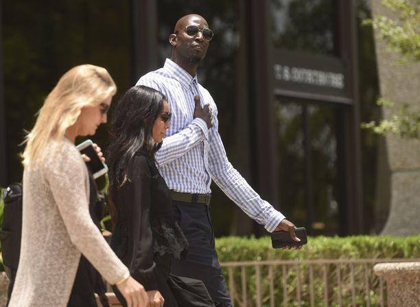 Kevin Garnett on haastanut oikeuteen yrityksen, joka hoiti hänen varainhallintaansa.