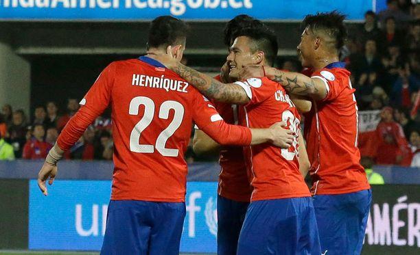 Chile juhli viime yönä 5-0-voittoa Boliviasta.