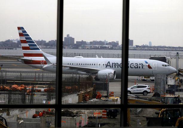 EASA asetti Boeing Max-koneet lentokieltoon runsaat kaksi viikkoa sitten ja USA:n ilmailuhallinto teki saman päivää myöhemmin.