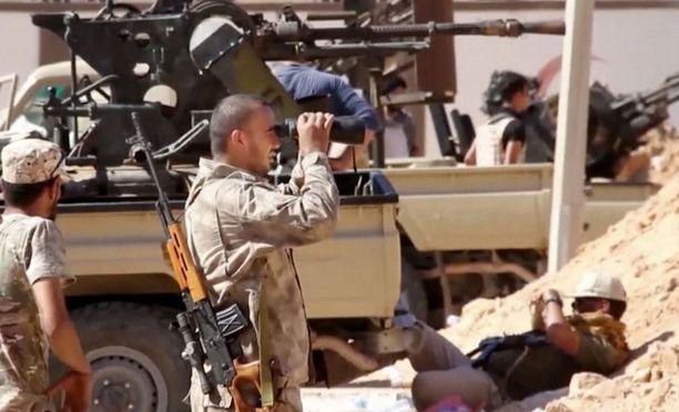 Taistelijoita Sirten kaupungin liepeillä viime viikolla.