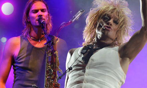 Von Hertzen Brothers ja Michel Monroe esittivät vuoden parhaita rock-biisejä.
