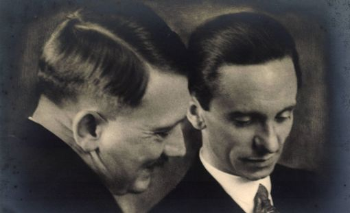 """Hitlerin """"unelmatehtaan"""" johdossa oli Joseph Goebbels."""