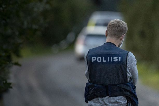 Poliisia ammuttiin maanantaina Ruskon Vahdossa.