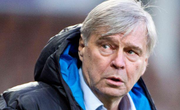 Markku Peltoniemi toimii HJK:n joukkueenjohtajana.