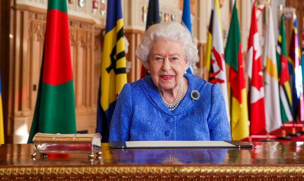 Kuningatar Elisabet on suosituin brittikuninkaallinen.
