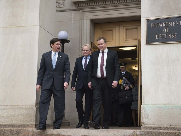 Yhdysvaltain puolustusministeri Mark Esper, Ruotsin puolustusministeri Peter Hultqvist ja Suomen puolustusministeri Antti Kaikkonen tapasivat alkuviikosta Pentagonissa.