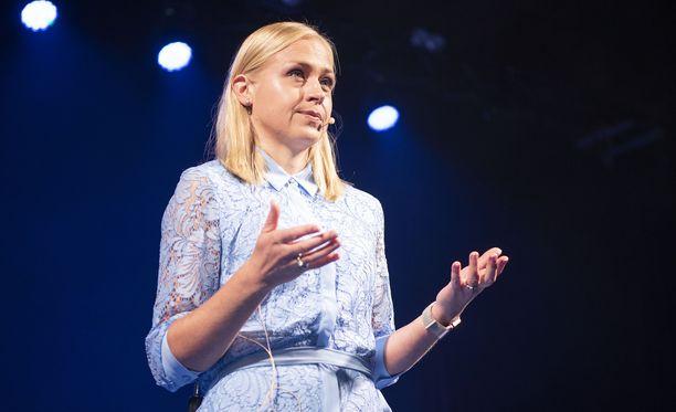 Kokoomuskansanedustaja Elina Lepomäki on kritisoinut myös omaa puoluettaan.