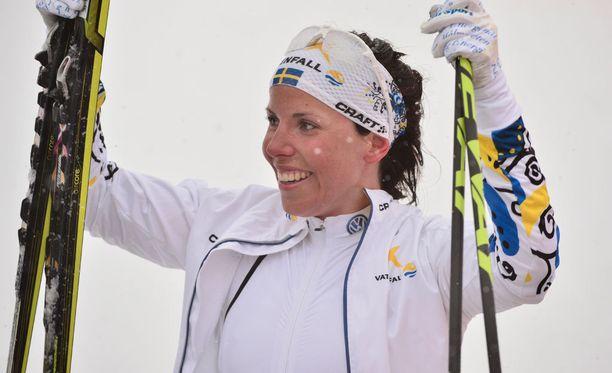 Charlotte Kalla voitti viime vuonna Falunissa MM-kultaa 10 kilometrin vapaan matkalla.