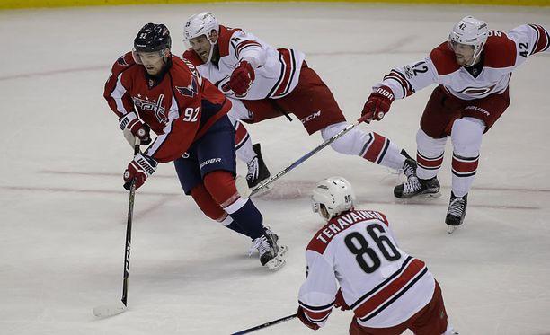 Jevgeni Kuznetsov vei Washingtonin 4-1-johtoon.