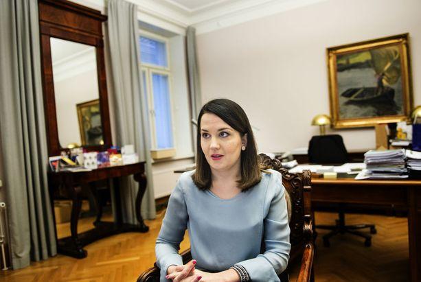 Sanni Grahn-Laasonen vastaa opetusministerinä myös ammatillisesta koulutuksesta. Arkistokuva.