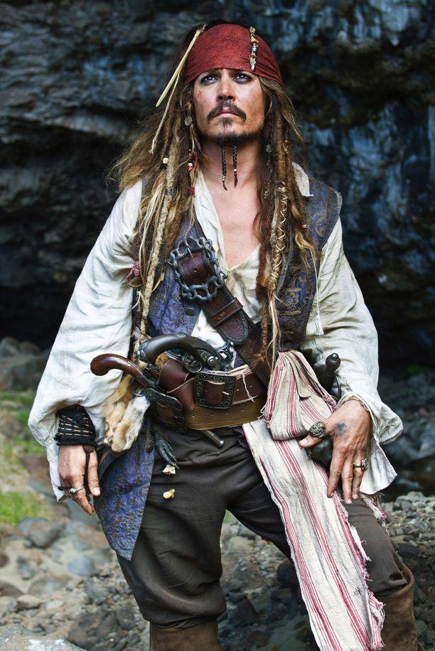 Yksi Deppin tunnetuimmista rooleista on Jack Sparrow'n rooli Pirates of the Caribbean -leffoissa.