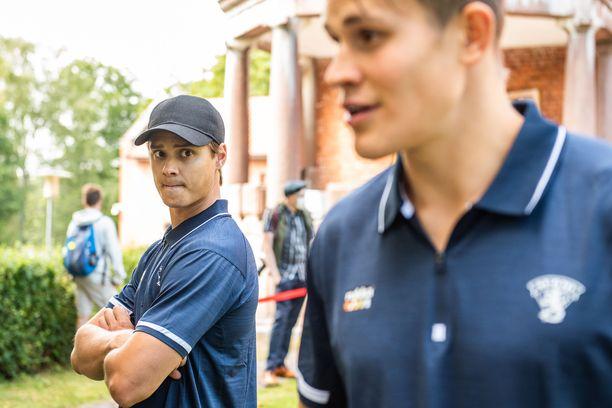 Jesse Puljujärvi (oik.) ja Sebastian Aho osallistuivat elokuun alussa NHL-pelaajien maajoukkuepalaveriin Vanajanlinnassa. Kaksikko treenaa kesän samassa porukassa Oulussa.
