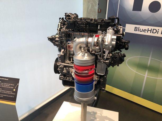 Opelin uudet moottorit täyttävät 6.2-normin, joka edellyttää dieselmoottoreilta ja bensiinimoottoreilta lähes samaa puhtaustasoa.