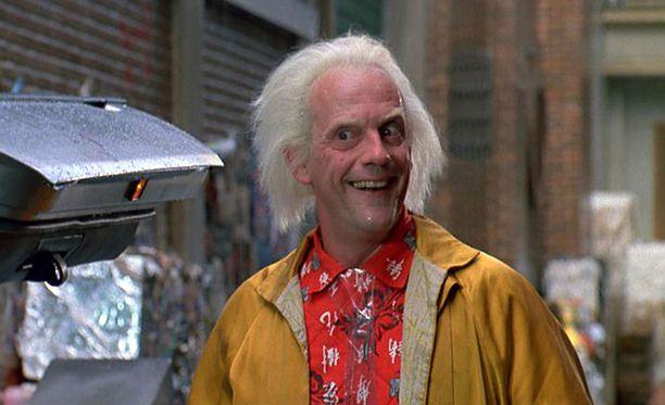 """Emmett Lathrop """"Doc"""" Brown antoi aikamatkailulle siivet."""