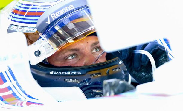 Valtteri Bottas pitää Malesian radan viimeisestä kurvista.