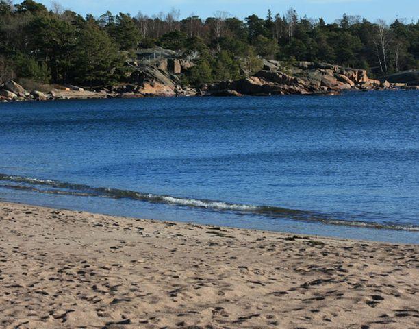 Hangon hiekkarannoilla näytti jo aivan kesäiseltä.
