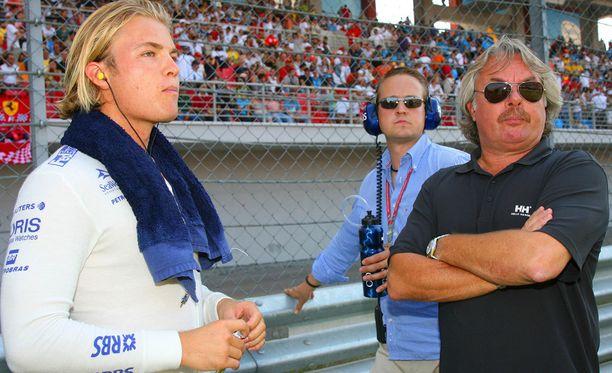 Nico ja Keke Rosberg ovat nyt molemmat F1-maailmanmestareita.