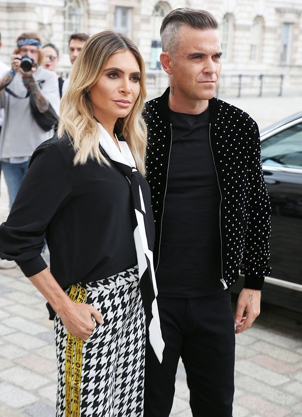 Ayda Field ja Robbie Williams iloitsevat siitä, että heidän tiiminsä, kuten he perhettään nimittävät, on nyt viisihenkinen.