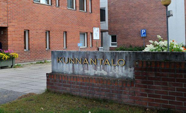 Vielä muutama vuosi sitten Suomessa oli huomattavasti enemmän kuntia, joissa paikallispäättäjistä äänestettiin.