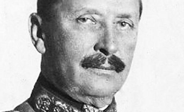 KUNNIAA Yleläiset lupaavat, ettei tuorein Mannerheim-elokuva ole rienauselokuva.