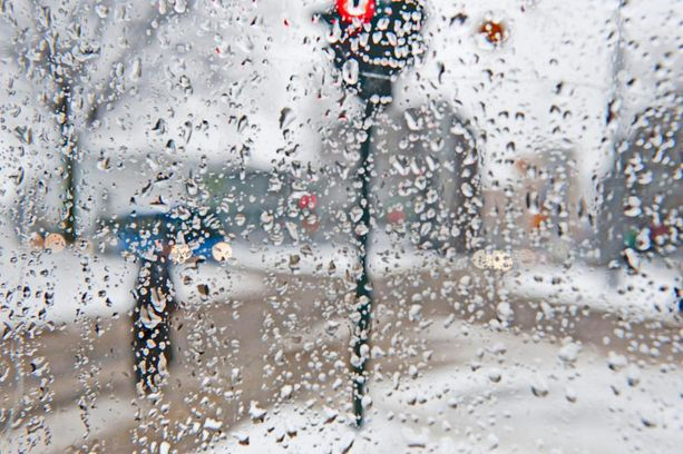 Talvinen sää muuttuu epävakaiseksi ja lauhaksi ensi viikolla. Luvassa on sadetta kaikissa olomuodoissa. Arkistokuva.