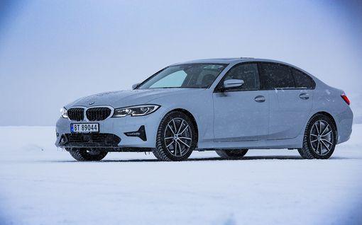 Ensikoeajossa täysin uusi BMW 3-sarja – arvaatko auton vau-efektin?