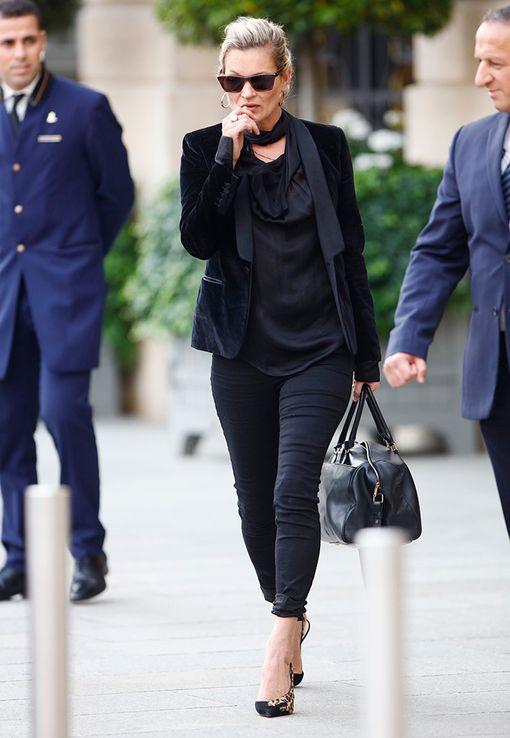 Kate pukeutuu usein kokomustaan...