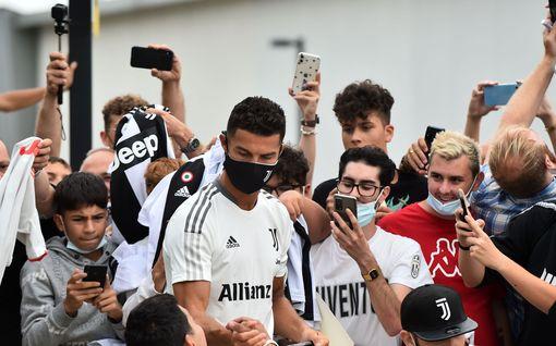 Ronaldo-efekti iski Manchesteriin – näin seuraajamäärät muuttuivat megatähden siirrosta